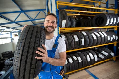 Reifen lagern | Sicher wie in der Werkstatt | reifen-vor-ort.de