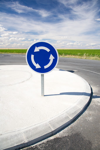 kreisverkehr verkehrsregeln