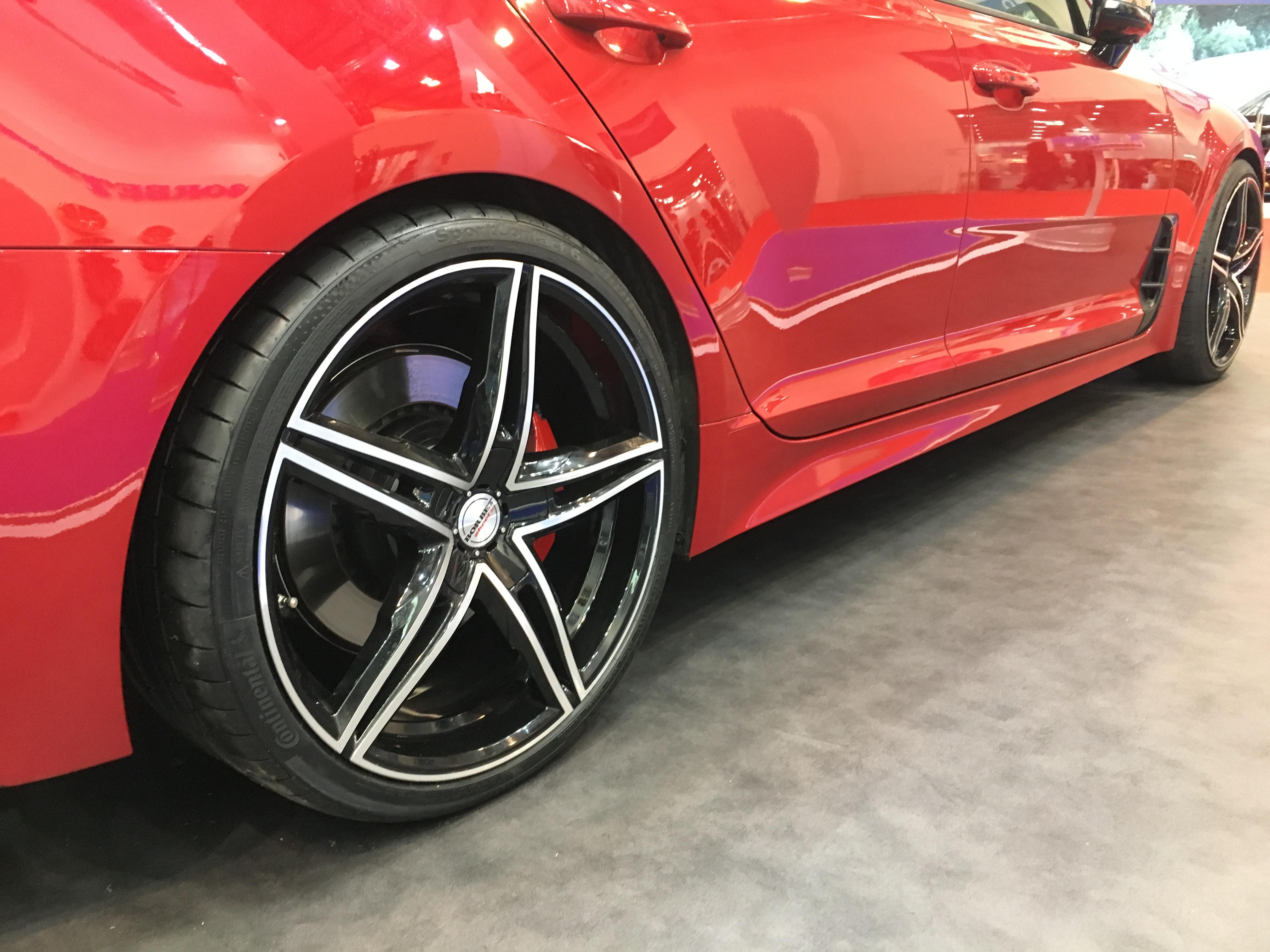 Felge Borbet XR RAd black matt polished auf der Essen Motor show