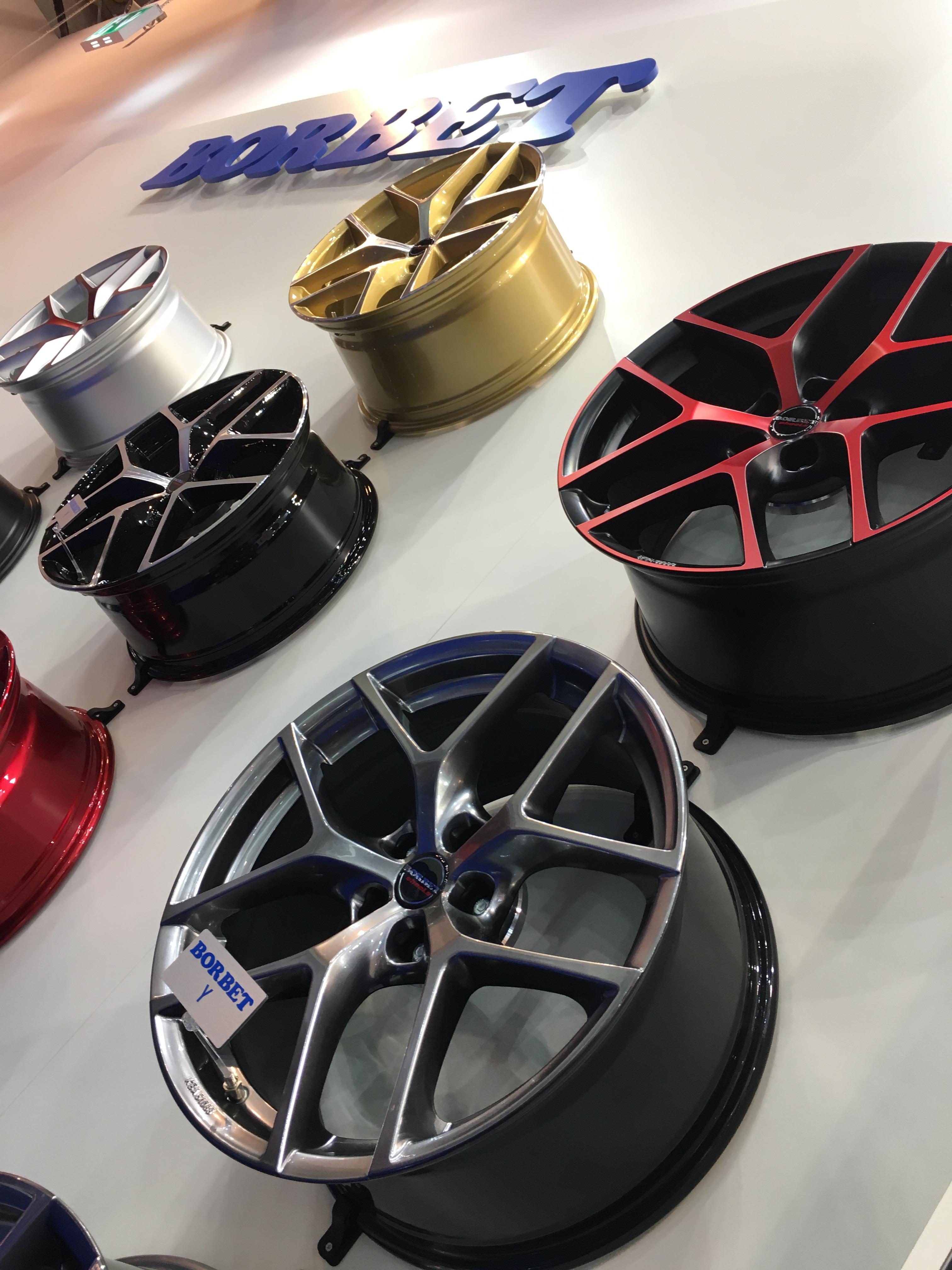 Neue Farben für das Borbet Y-Rad