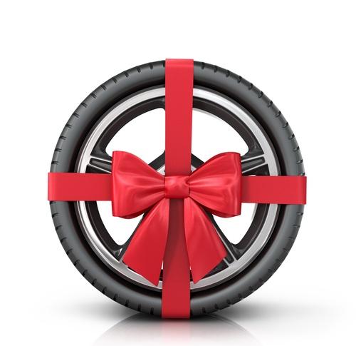 Viele Reifen-Hersteller locken Kunden 2018 mit tollen Aktionen, Prämien und Rabatten