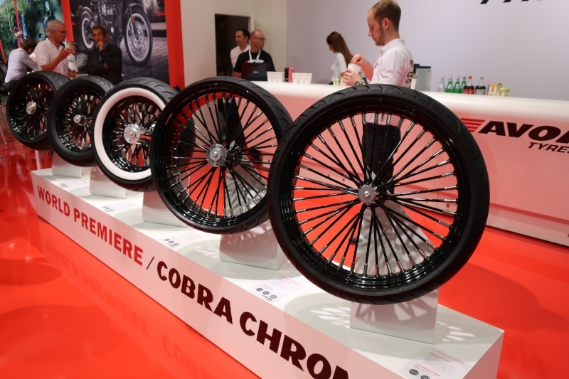 Intermot - Avon Cobra Chrome