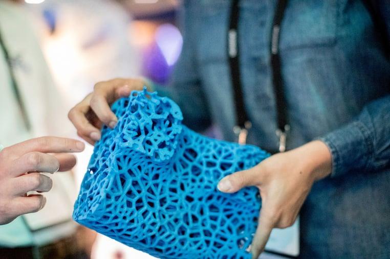 Verästelungen schaffen Federungskomfort beim Michelin Visionary-Concept