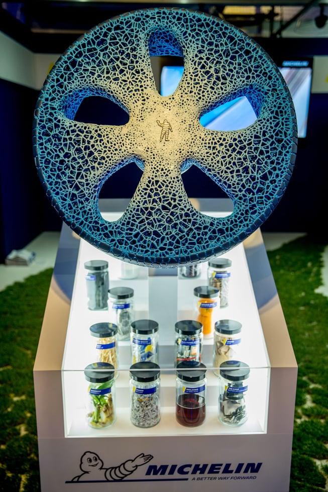 Der Reifen, der aus dem Drucker kommt - Michelin_Visionary-Concept