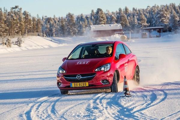 Blog.RVO_winterreifentest_gtue_beste-winterreifen-2018-kleinwagen-185-65-r15