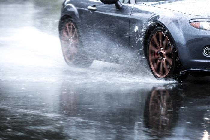 Im Ganzjahresreifentest 2018 von Auto Motor und Sport wurden sieben Allwetterreifen getestet