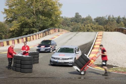 GTÜ und ACE prüfen Sommerreifen in der Reifengröße 235/45 R18 im Reifentest