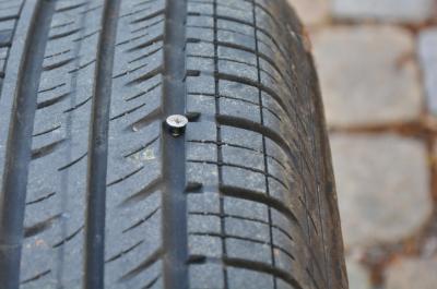 Fremdkörper im Reifen - Warum ein Reifen platzen kann
