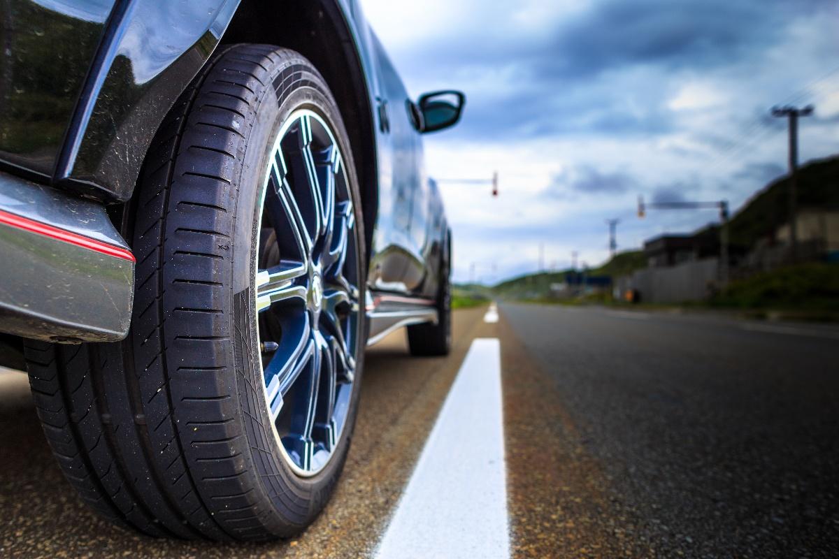 Warum sind meine Reifen so laut? | Reifen-vor-Ort.de