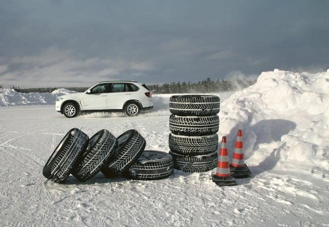 autobild-allrad-winterreifentest-2021-teststrecke